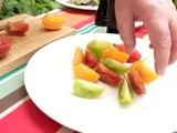 Entrée fraîche, saine et douce : salade de tomates à l'aigre-douce