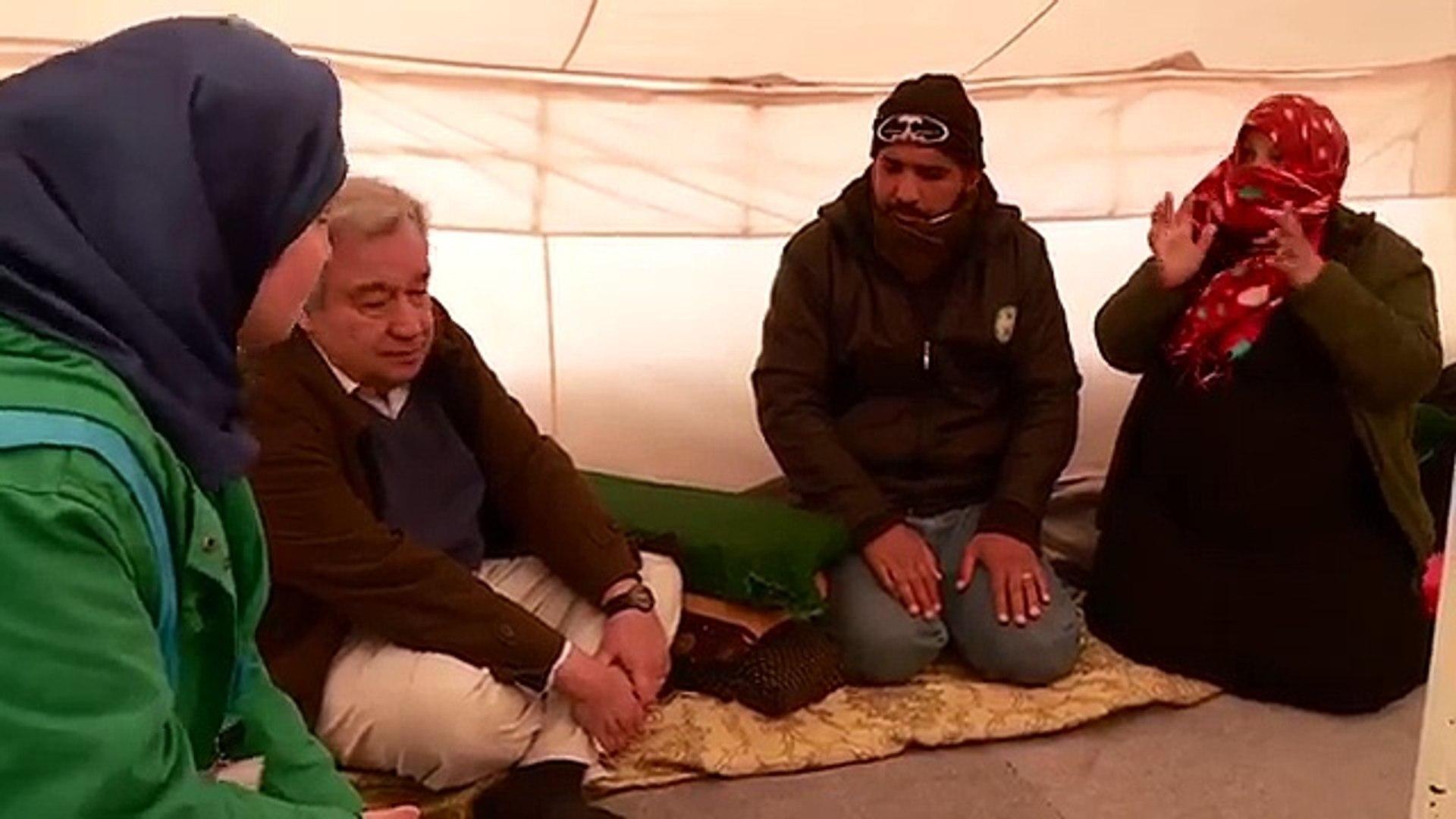الأردن: المفوض السامي يزور مخيم الزعتري بعد العاصفة