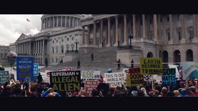 Người Dơi v Siêu Nhân: Bình Minh Công Lý
