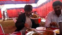 Pakistan Attacking On Food In Wedding   Very Funny Must Watch   Roti Khul Gai 360p 360p
