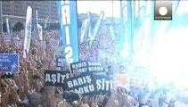Τουρκία: Διαδήλωση Κούρδων στην Κωνσταντινούπολη υπέρ του τερματισμού των στρατιωτικών επιθέσεων κατά του ΡΚΚ