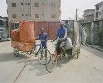 """Les Grands Moyens (2/5) : des vélos pour récolter les déchets à Lagos, la bonne idée de """"Wecylers"""""""