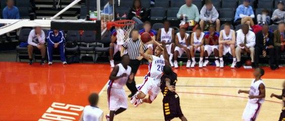 Stephen Curry - Au-delà des Ombres de NBA 2K16