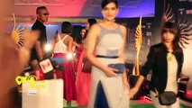Bollywood COPYCATS  Stars COPY the Other's Fashion - 10