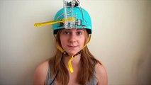 Une fille invente un casque pour se brosser les dents sans rien faire