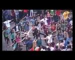 Flash Mob On Mumbai Roads - Marathi Film 'Matter' Music Launch