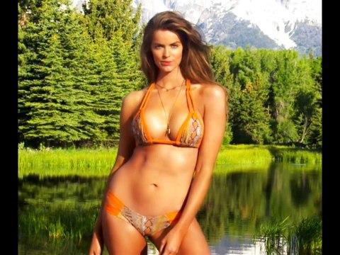 plus size model 29 , Robyn Lawley, big and beautiful woman, nice curvy figure
