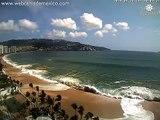 Tsunami en acapulco -- Mar de fondo en Bahía de Acapulco