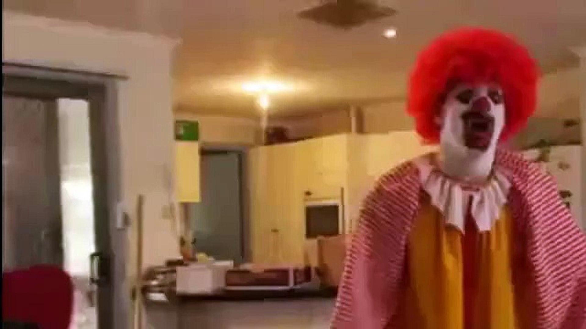 Рональд Макдональд - нервы не к черту (Ronald McDonald - nerves to hell)