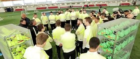Amazing Nike Football Experience in England with Mario Götze & Nike Highlight Pack Play Test