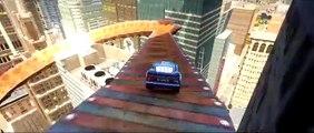 Disney Pixar Cars Lightning McQueen & DINOCO having fun with a Custom Cars Macuin! (Flash Mcqueen)