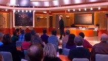 Neues aus der Anstalt - Pelzig umgeht ZDF Verbot und zählt EU für den Wasserwahn aus (3:08 min)