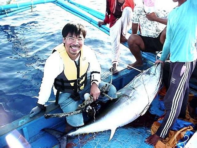 BOWFISHING YELLOWFIN TUNA Philippines Fishing Filipino Angler