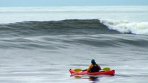 Sea Kayak Surfing: Delphin 155.