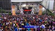 Flash Mob - Black Eyed Peas - Chicago - Oprah Winfrey