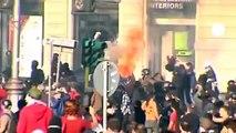 Batalla campal en la gran marcha de indignados que ha recorrido Roma