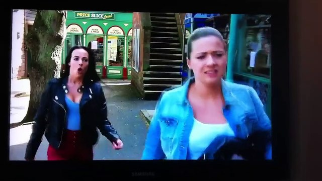 Hollyoaks- Sinead and Lindsey clash