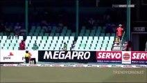 KILLER DELIVERY  Shanthakumaran Sreesanth Vicious Bouncer vs Jacques Kallis  2nd Test Durban 2010