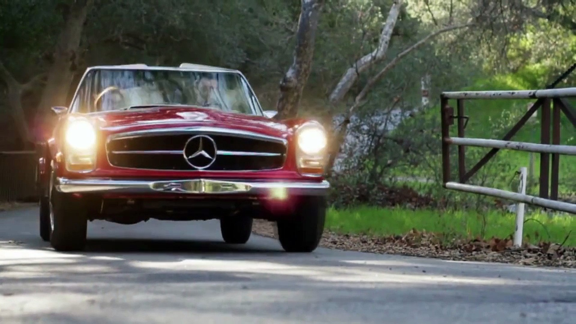 Mercedes-Benz TV: Mercedes-Benz 230 SL. Out of love for the