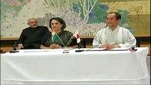 PM Modi & Japan PM Abe at the signing of the Varanasi-Kyoto Partner City Agreement in Kyoto, Japan