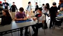 Adolescente rompe récord mundial resolviendo el Cubo de Rubik en 5 segundos