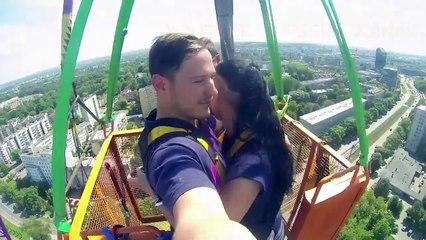 Así se siente un salto bungee de 90 mts con tu pareja