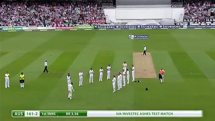 watch Michael Clarke given Ashes Guard of Honour by England Players on his Final Test for Australia