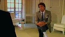 Petits arrangements entre amis avec l'histoire de Bernard Tapie self-made-man des années 80.