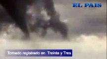 """""""Tornado"""" (Funnel Cloud) en Treinta y Tres Uruguay 22/10/2011"""