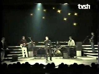 Ilir Nakolli - Dhurate per Devis Xherahun (Official Video)