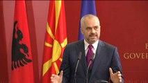 Rama takohet me Gruevskin: Shqetësim për intolerancën dhe dhunën etnike