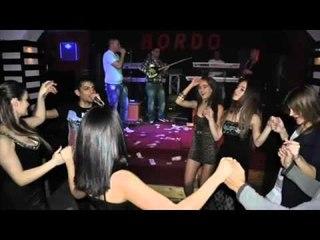Mandi Nishtulles & Marsel Ademi - Bordo Bordo TeGilavava Live