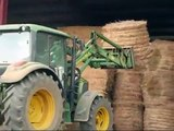 John Deere 6230 - straw bales transport