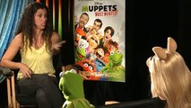 Miss Piggy & Kermit the Frog Interview: Muppets Most Wanted