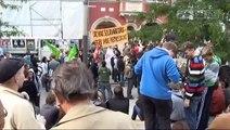 Jenaer demonstrieren gegen Durchsuchung bei Pfarrer König