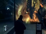 Grand Theft Auto IV - Gameplay : Car explosions.