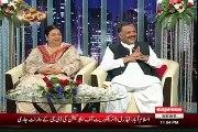 Syasi Theater Team Making Fun Of PTI In front Of Yasmin Rashid(PTI)