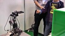 【国際ロボット展2013】勝率100%じゃんけんロボット
