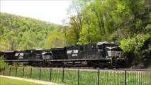 5 Engines Meet 5 Engines - Altoona PA (Horseshoe Curve)