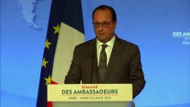 """Hollande: """"Nous devons nous préparer à d'autres assauts"""""""