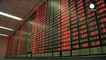 Chinese investors remain fearful as market volatility continues