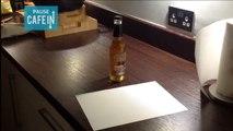Comment décapsuler une bière avec une feuille de papier ?