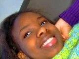 i smile 4 peace. :)