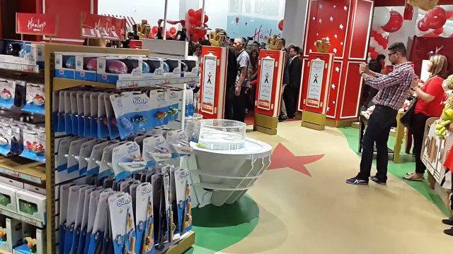 Hamleys launches at the V&A Waterfront