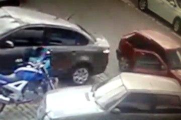 Vídeo flagra furto a carro na Aldeota