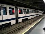 Serie 8000 del metro de Madrid en Barajas