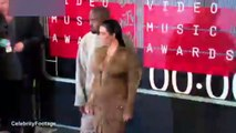 MTV Video Müzik Ödüllerini'ni Miley Cyrus sundu