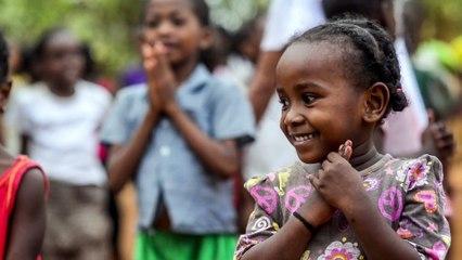 teaser calendrier 2016 Coeur et Conscience - Zumba Kids