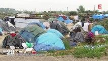 Migrants à Calais : Valls annonce la création d'un nouveau campement