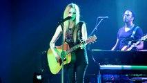 Avril Lavigne-nobody s home---Vorst Nationaal Brussel (14-09-2011)